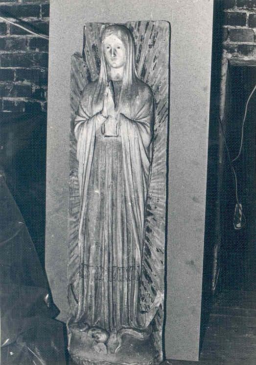 Reliëf met Madonna