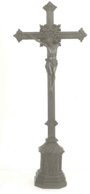 Staand kruisbeeld