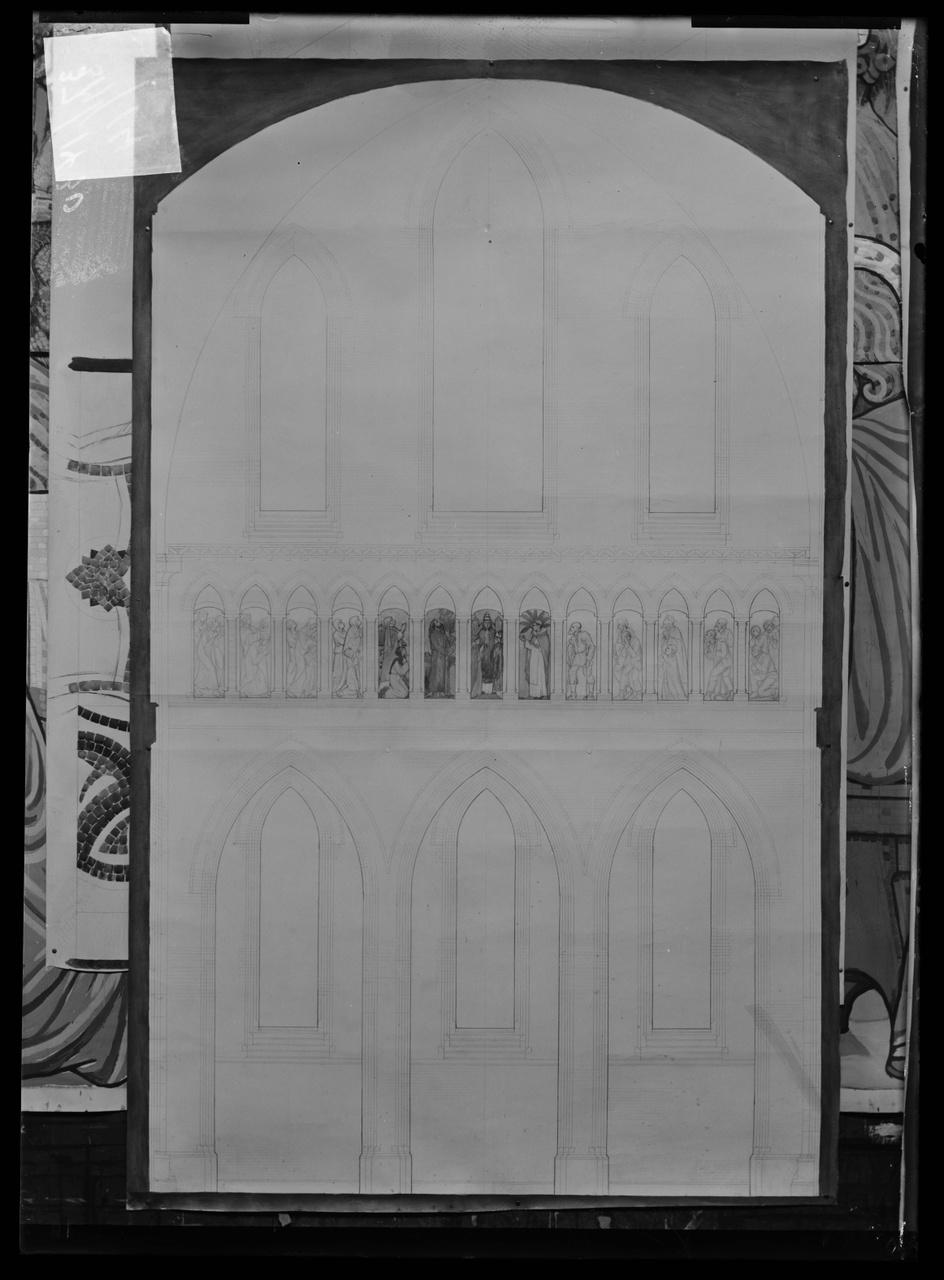 """Glasnegatief van foto van producten uit de Cuypers' Kunstwerkplaatsen uit kist met nummer 37: """"""""."""