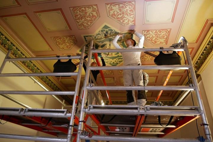 Thuis bekijken: reconstructie van een historisch plafond